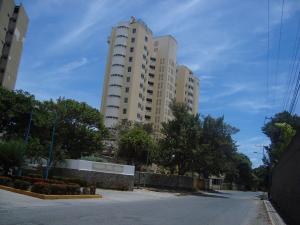 Apartamento En Venta En Parroquia Naiguata, Camuri Grande, Venezuela, VE RAH: 15-12355