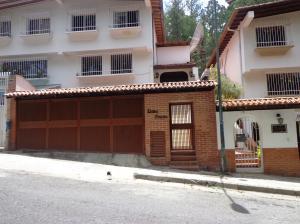 Casa En Venta En Caracas, Lomas De Prados Del Este, Venezuela, VE RAH: 15-12405