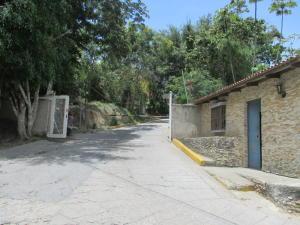 Terreno En Venta En Caracas, Oripoto, Venezuela, VE RAH: 15-12471