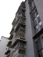 Apartamento En Venta En Caracas, La Campiña, Venezuela, VE RAH: 15-12454