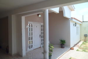 Casa En Venta En Punto Fijo, Puerta Maraven - Mara Cardon, Venezuela, VE RAH: 15-12534