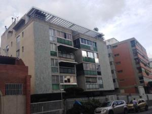 Apartamento En Ventaen Caracas, Cumbres De Curumo, Venezuela, VE RAH: 16-896