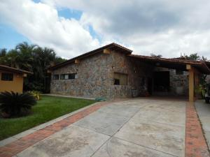 Casa En Venta En Valencia, Guataparo, Venezuela, VE RAH: 15-12658