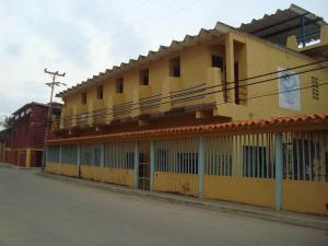 Casa En Ventaen Chichiriviche, Playa Sur, Venezuela, VE RAH: 15-12906
