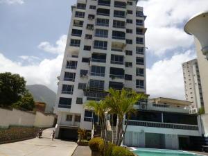 Apartamento En Venta En Parroquia Caraballeda, Los Corales, Venezuela, VE RAH: 15-12773