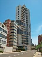 Apartamento En Venta En Maracaibo, La Lago, Venezuela, VE RAH: 15-12923