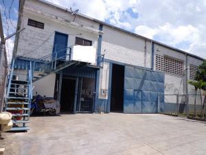 Galpon - Deposito En Venta En La Victoria, Zona Industrial La Chapa, Venezuela, VE RAH: 15-13017
