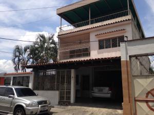Casa En Venta En Guatire, Guatire, Venezuela, VE RAH: 15-13055