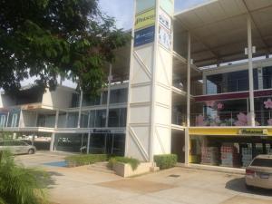 Local Comercial En Venta En Maracaibo, Cantaclaro, Venezuela, VE RAH: 15-13056