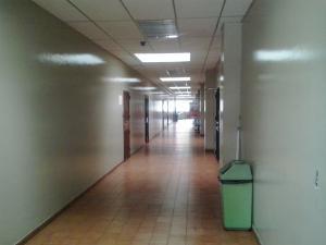 Oficina En Venta En Valencia, Trigal Norte, Venezuela, VE RAH: 15-14427