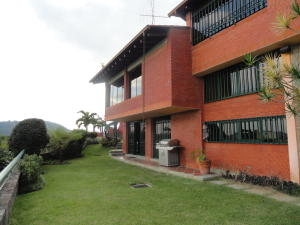 Casa En Venta En Caracas, Alto Hatillo, Venezuela, VE RAH: 15-13067
