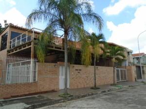 Casa En Venta En Valencia, Altos De Guataparo, Venezuela, VE RAH: 15-13509