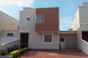 Casa En Ventaen Barquisimeto, Ciudad Roca, Venezuela, VE RAH: 15-13082