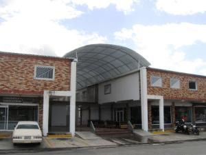 Local Comercial En Ventaen Turmero, San Pablo, Venezuela, VE RAH: 15-13119