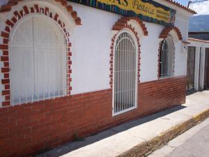 Local Comercial En Ventaen El Consejo, La Zona Centro, Venezuela, VE RAH: 15-16728