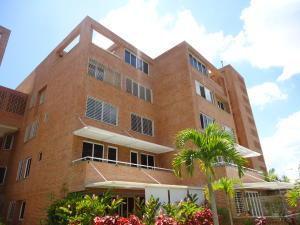 Apartamento En Venta En Caracas, Loma Linda, Venezuela, VE RAH: 15-13202