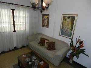 Apartamento En Venta En Caracas - Bello Monte Código FLEX: 15-13291 No.3