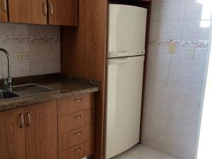 Apartamento En Venta En Caracas - La Trinidad Código FLEX: 15-13239 No.12