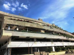 Local Comercial En Venta En Caracas, El Hatillo, Venezuela, VE RAH: 15-13424