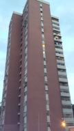 Apartamento En Venta En Caracas, El Valle, Venezuela, VE RAH: 15-13333