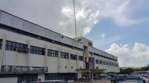 Local Comercial En Venta En Valencia, Zona Industrial, Venezuela, VE RAH: 15-13431
