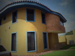 Casa En Venta En Calabozo, Mison De Los Angeles, Venezuela, VE RAH: 15-13496