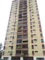 Apartamento En Venta En Caracas, Monterrey, Venezuela, VE RAH: 15-13534