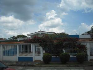 Casa En Ventaen Valencia, Trigal Norte, Venezuela, VE RAH: 15-13550