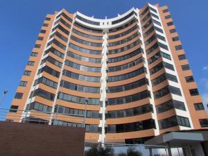 Apartamento En Venta En La Guaira, La Llanada, Venezuela, VE RAH: 15-13609