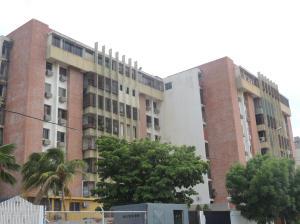 Apartamento En Venta En Maracaibo, Las Delicias, Venezuela, VE RAH: 15-13617