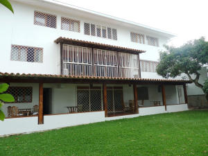 Casa En Venta En Caracas, Colinas De Bello Monte, Venezuela, VE RAH: 15-13621