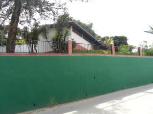 Casa En Venta En Los Teques, Macarena Sur, Venezuela, VE RAH: 15-13633