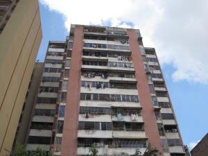 Apartamento En Venta En Caracas, Parroquia Santa Rosalia, Venezuela, VE RAH: 15-13647