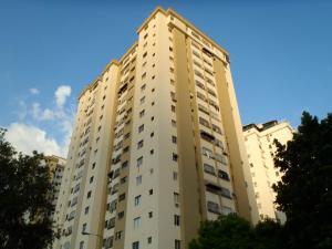 Apartamento En Venta En Valencia, Prebo I, Venezuela, VE RAH: 15-13720