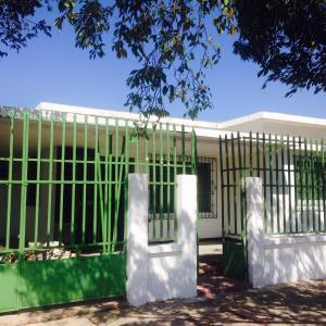 Casa En Venta En Punto Fijo, Centro, Venezuela, VE RAH: 15-13727