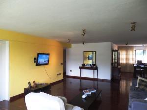 En Venta En Caracas - Las Esmeraldas Código FLEX: 15-13804 No.4