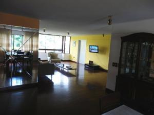 En Venta En Caracas - Las Esmeraldas Código FLEX: 15-13804 No.5