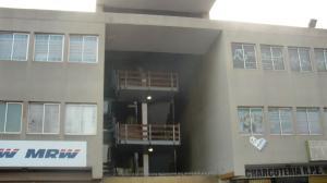 Oficina En Venta En Maracaibo, Avenida Goajira, Venezuela, VE RAH: 15-13780