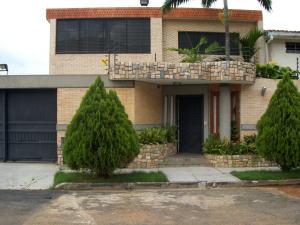 Casa En Venta En Valencia, Trigal Centro, Venezuela, VE RAH: 15-13789