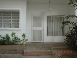 Apartamento En Venta En Caracas, Los Naranjos De Las Mercedes, Venezuela, VE RAH: 15-13810