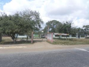 Galpon - Deposito En Venta En Barquisimeto, Parroquia Tamaca, Venezuela, VE RAH: 15-13808