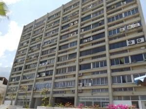 Apartamento En Venta En Parroquia Caraballeda, Los Corales, Venezuela, VE RAH: 15-13842