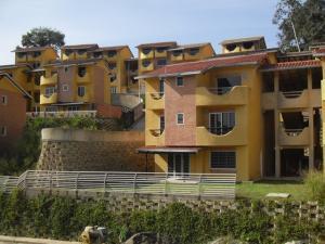 Apartamento En Venta En Caracas, El Hatillo, Venezuela, VE RAH: 15-13953