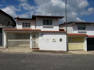Casa En Venta En Caracas, Los Naranjos Del Cafetal, Venezuela, VE RAH: 15-13974