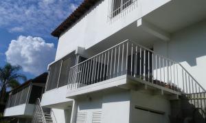Casa En Ventaen Caracas, Cumbres De Curumo, Venezuela, VE RAH: 15-14017