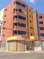 Apartamento En Venta En Ciudad Bolivar, Andres Eloy Blanco, Venezuela, VE RAH: 15-13445
