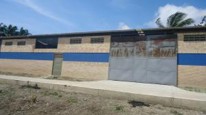 Galpon - Deposito En Venta En Cabudare, Parroquia José Gregorio, Venezuela, VE RAH: 15-13525