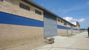 Galpon - Deposito En Venta En Cabudare, Parroquia José Gregorio, Venezuela, VE RAH: 15-13527