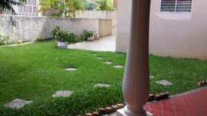Apartamento En Venta En Caracas - La Boyera Código FLEX: 15-14210 No.4
