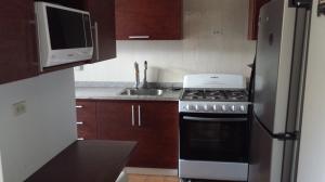 Apartamento En Venta En Caracas - La Boyera Código FLEX: 15-14210 No.14